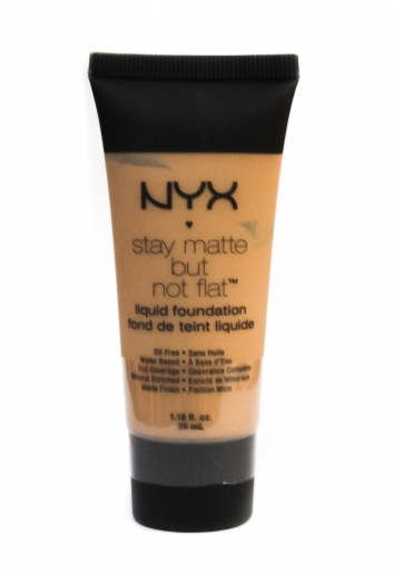 тональный крем nyx stay matte but not flat (04) 104279